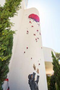 Nick Walker mural Loveitation · 2B Art & Toys Gallery Mallorca · 2021